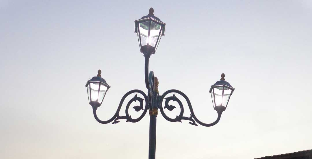 harga tiang lampu antik