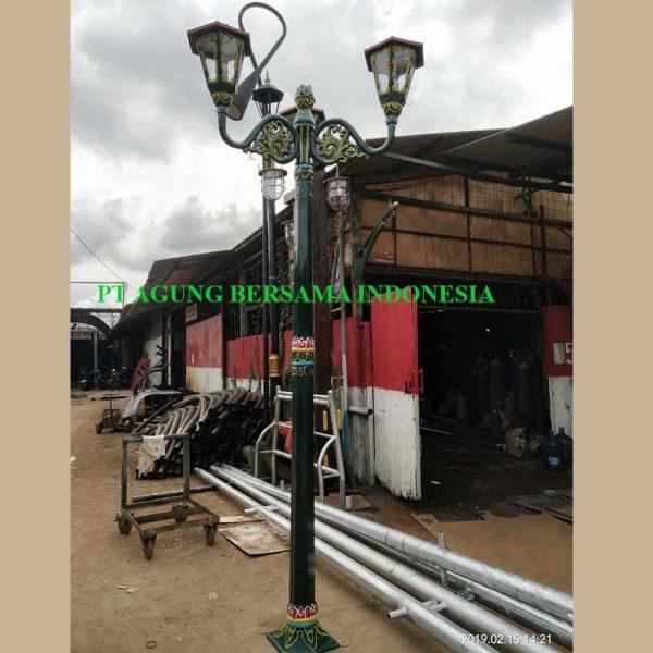 Pabrikasi Tiang Lampu Jalan