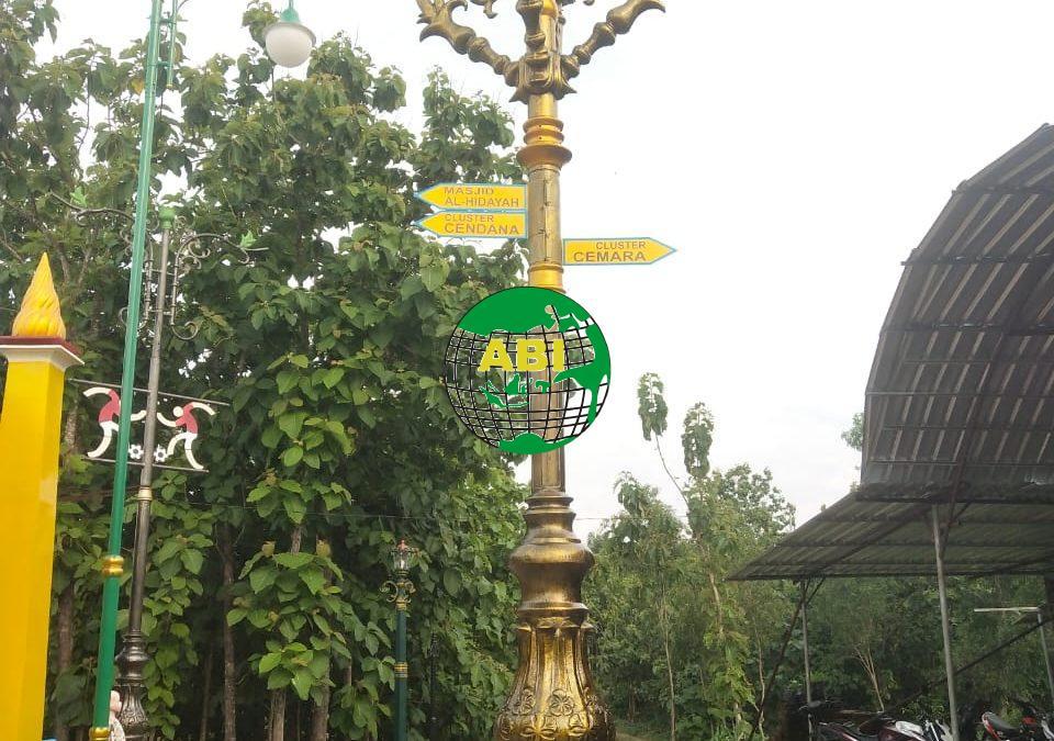 Hiasan Lampu Taman Menawan